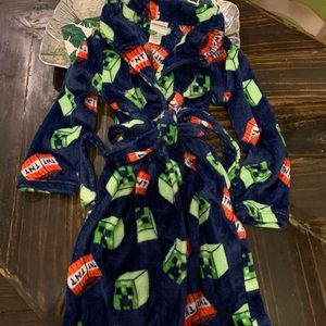 Minecraft cozy robe